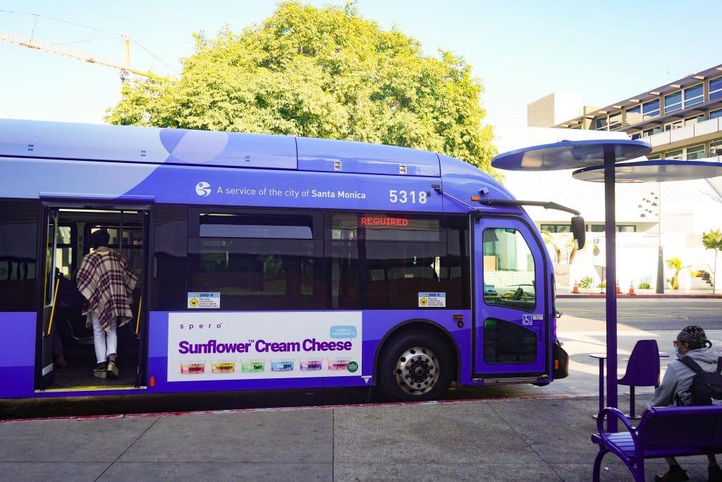 Bus Queen